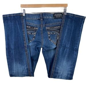 ANTIQUE RIVET EMBELLISHED STRAIGHT LEG JEANS